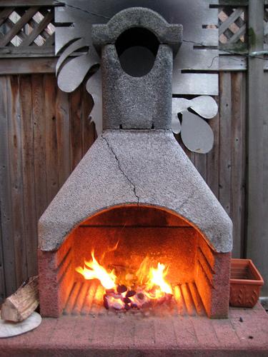 Bricciole d 39 info farfugliamenti come costruire un for Barbecue fai da te in ferro