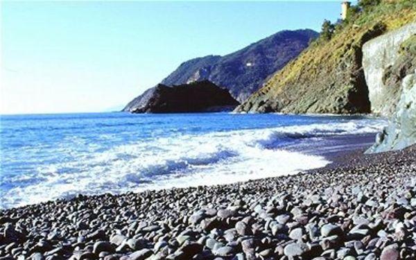 foto_spiaggia_mare_bandiere_blu_framura_la_spezia_1