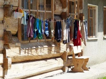 laundry-221470_640